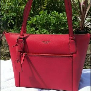 Kate Spade Cameron Large Pocket tote chili red